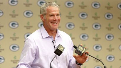 Why Favre is endorsing Trump for president