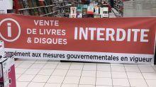 Confinement: les livres interdits à la vente, la photo qui passe mal