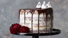 33 Spooky Halloween Cakes That'll Sweeten Up Your Party