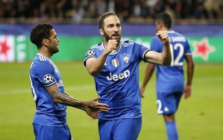 Gonzalo Higuaín comemora gol da Juventus