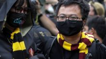 Thai police summon protest leaders for breaching coronavirus emergency law