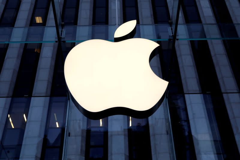 Chinese artificial intelligence firm files $1.4B suit against Apple