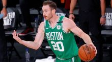 Gordon Hayward does not plan to leave bubble for birth of son