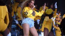 La colección de Beyoncé y Balmain que ya puedes comprar (y que es urbana y explosiva)