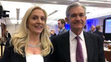 """""""Espesa niebla"""" rodea economía EEUU; Fed deberá mantener sostenida expansión monetaria: Brainard"""