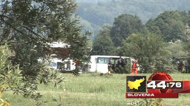 Around the World: Hot air balloon crashes in Slovenia