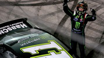 Kurt Busch holds on for another win at Bristol