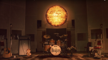 "Os Beatles lançam videoclipe de ""Here Comes The Sun"""