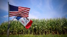 Penny for your corn? Stingy trade-war aid irks U.S. farmers