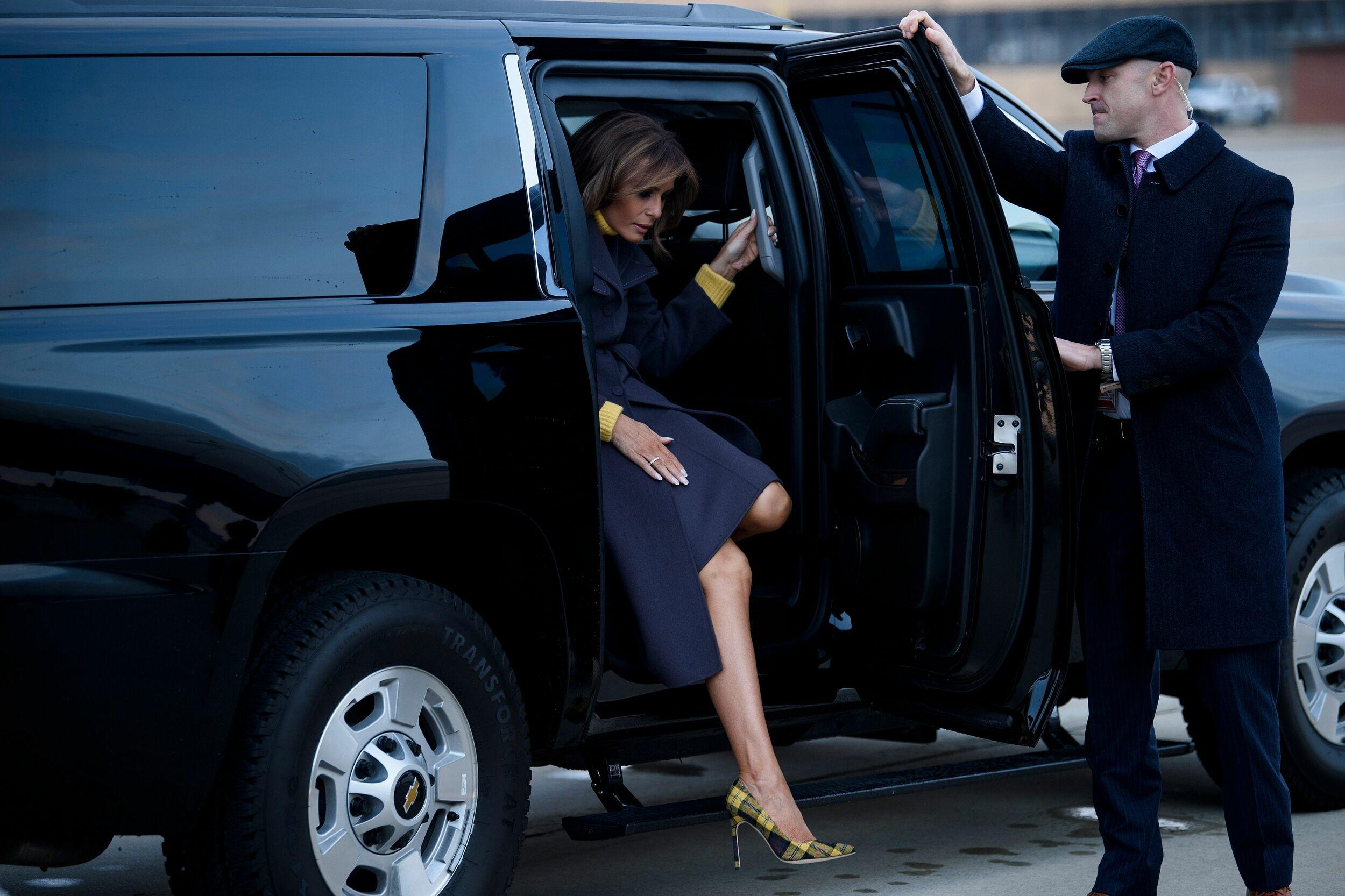 US First Lady Melania Trump arrives to board a plane at Andrews Air Force Base for a three state overnight trip March 4, 2019 in Maryland. - The First Lady travels to Oklahoma, Washington, and Nevada as part of her 'Be Best' tour. (Photo by Brendan Smialowski / AFP) (Photo credit should read BRENDAN SMIALOWSKI/AFP/Getty Images)