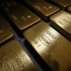 Sanctions fuel Russia's jump to fifth biggest holder of gold