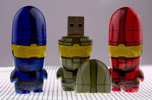 Adorable Master Chief mimobot USB flash drives