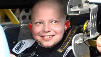 Racing fan, 11, dying of leukemia has one wish