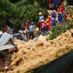 Rescuers dig for survivors in new Philippine landslide