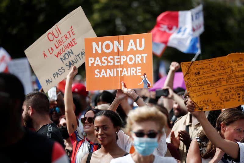 France: Nouveau samedi de manifestation contre le pass sanitaire