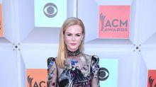 Elegante Nicole Kidman a los 48
