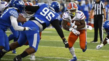 No. 9 Florida rallies to avoid disastrous loss