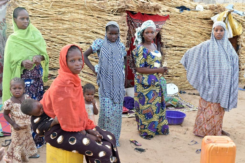 Nigeriens who fled to Nigeria because of the drought in 1985 have came back 30 years later, fleeing Boko Haram attacks, May 24, 2015 in Diffa, Niger