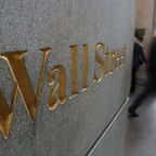 Wall St drops as economic outlook, corporate forecasts sour