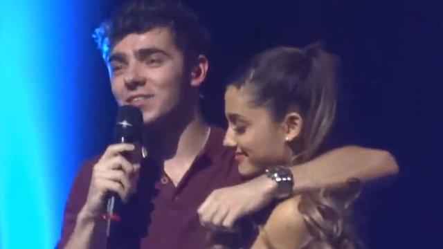 Ariana Grande Serenaded On Stage by The Wanted