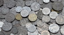Australian shop rejects mum with too many coins