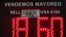 Peso mexicano, la moneda emergente que más perdió en la semana por temores al coronavirus