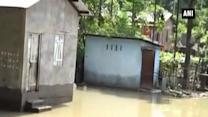 Flash floods in West Bengal claims 39 lives