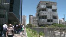Petrobras tem prejuízo de R$ 2,7 bi