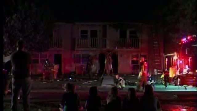 12 displaced after Tulsa apartment fire