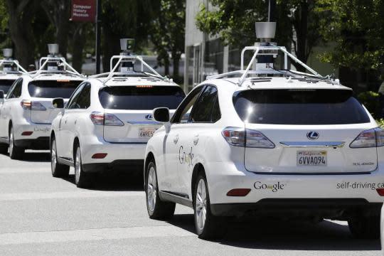 除Uber外,Google等公司也正積極測試無人駕駛車輛。