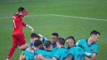 Asenjo ha perdido en sus nueve visitas al Camp Nou donde ha recibido 32 goles