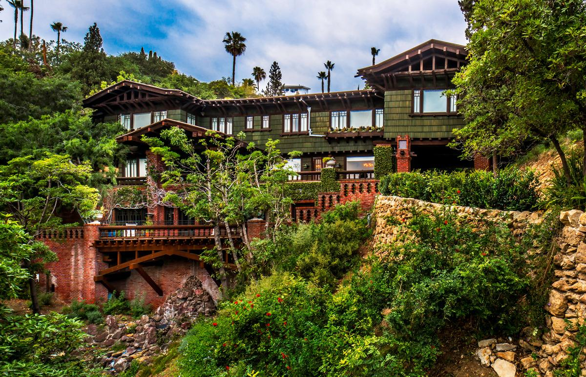 We\'re Calling It: This Is Hollywood\'s Most Beautiful Home. WHY Is It ...
