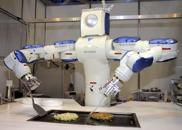 RoboHow is translating the internet for robot use