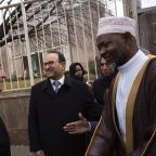 UN chief visits mosque, stresses sanctity of religious sites