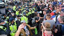 Reino Unido tem dia de manifestações pró e contra migrantes