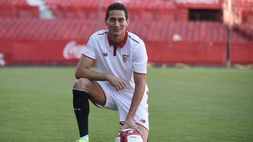 Agente viaja à Espanha para definir a situação de Ganso com o Sevilla