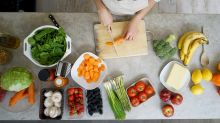 Diabetes Affects Man's Fertility, Here are 7 Foods to Keep the Disease at Bay