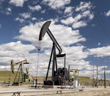Oil Dips Amid Prospects of Progress on Iran Nuclear Deal Talks