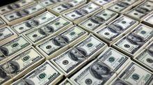 Dólar recua com força ante real em meio a apetite por risco global
