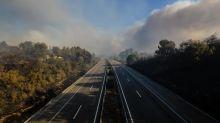 Reabren la principal autopista de Portugal tras controlar incendio en Fátima