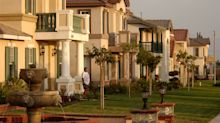 Housing looks like a buyer's market for expensive homes