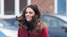 El viento le juega una mala pasada a Kate Middleton
