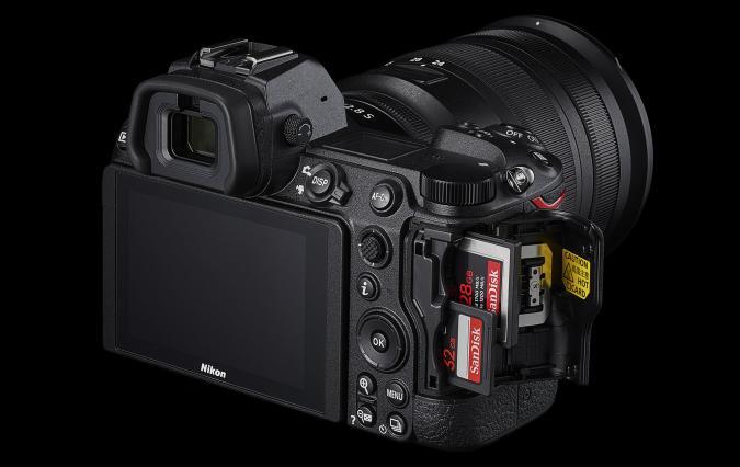 Nikon Z6 II dual card slots