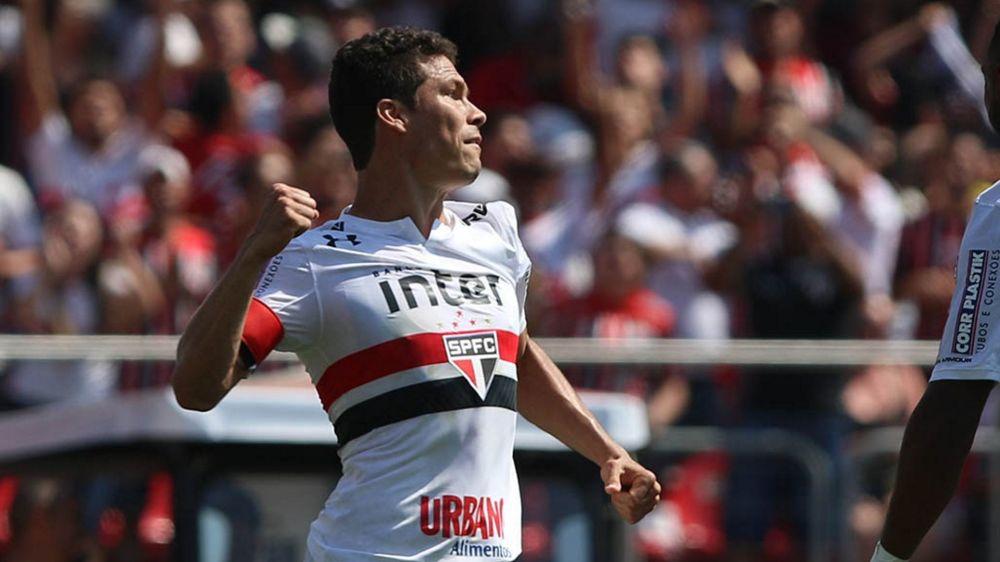 Hernanes se despede do São Paulo e, sem substituto, fará uma falta enorme