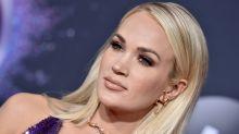 Carrie Underwood Shows Off Her Abs in Bikini Selfie: 'Is It Summer Yet?'