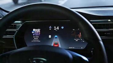 TESLA推出 「全自動駕駛測試版」 , 但仍要求駕駛要注意路況