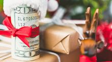 5 ways to give the gift of financial security for the holidays