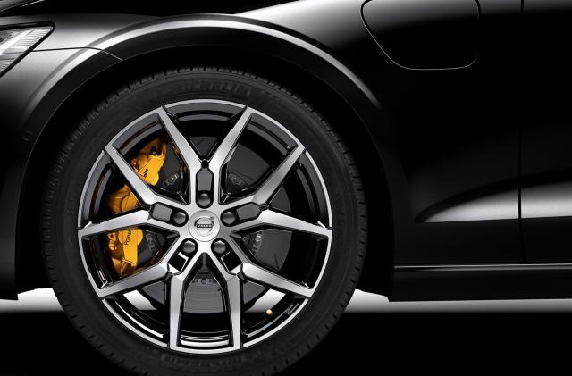 Volvo borrows cachet and power from its Polestar EV brand