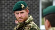Le prince Harry déchu de ses titres militaires : il ne pourra pas enterrer son grand-père en Royal Marine