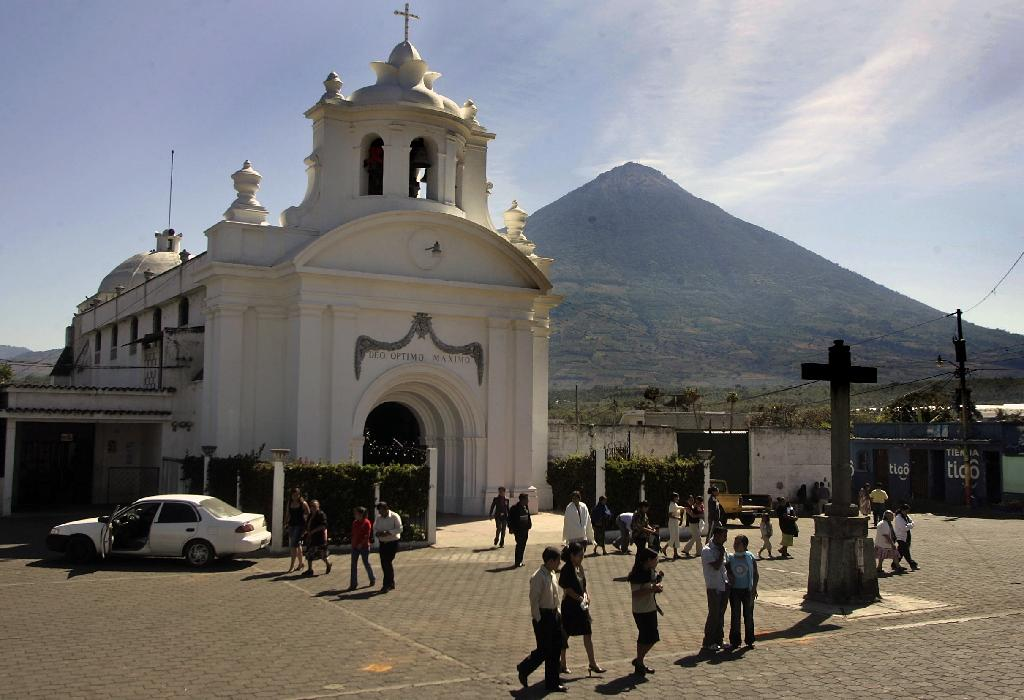 Guatemala Mayoral Candidate Guards Shot Dead